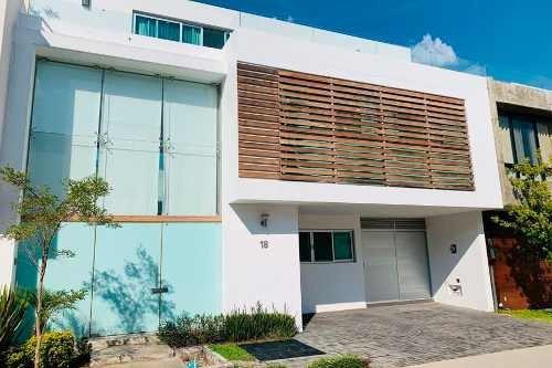 Casa Moderna Coto Cantares Residencial, Jocotán, Zapopan
