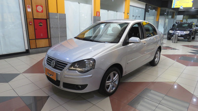 Volkswagen Polo Sedan 1.6 I-motion Ano 2011/2011 (7616)