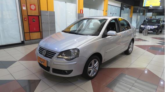Volkswagen Polo Sedan 1.6 I-motion Ano 2011/2011 (7616)