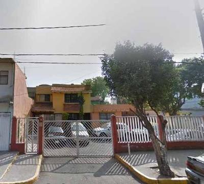 Venta De Casa En Condominio En Iztacalco