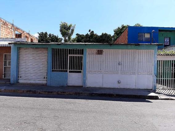 Casa Final De La Av. Bermudez, Maracay.