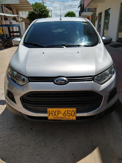 Ford Ecosport, Motor 2.0 Cc, Cuatro Puertas Color Gris