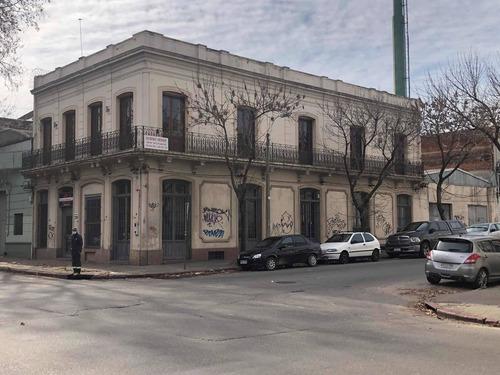 Casa U Oficina Local Comercial 600 Mts En 2 Plantas Y Sotano