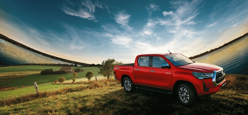 Toyota Hilux 2.8 Cd Srv 4x2 At 2021