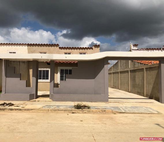 Casas En Tinaquillo En Venta