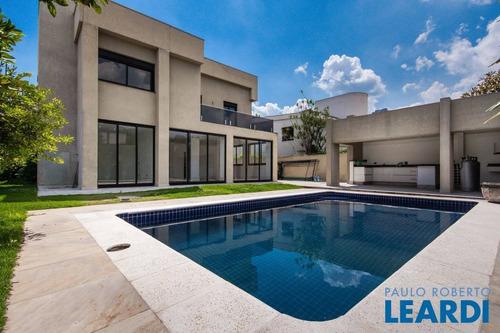 Casa Em Condomínio - Alphaville - Sp - 575308