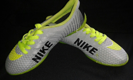 Zapatos Microtacos De Futbol