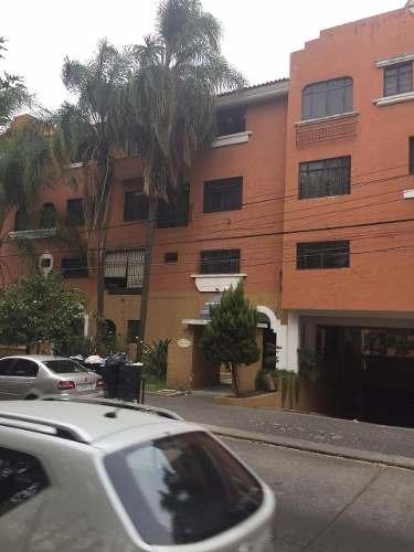 Departamento De Dos Pisos En Venta En La Colonia Residencial