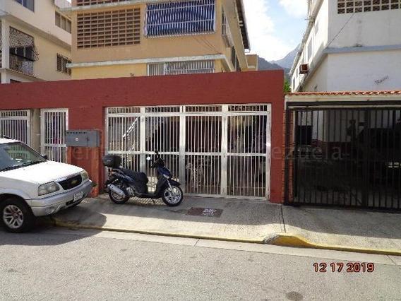 Casa En Venta Macuto Mls #20-7230 Johana Blanco