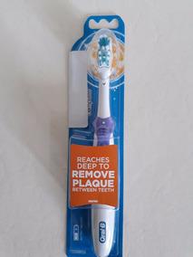 Escova Elétrica Oral B Complete Roxa +kit Com 2 Refil