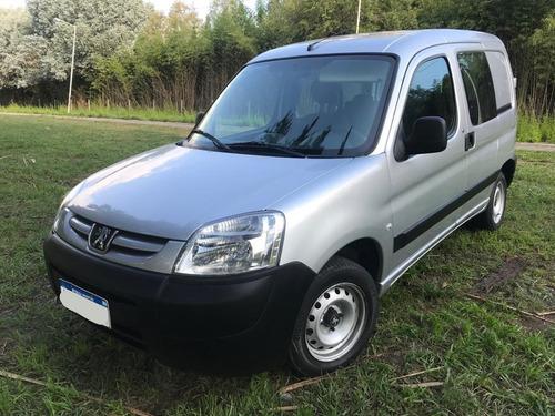 Peugeot Partner 1.6 Hdi Confort 5 Plzas.