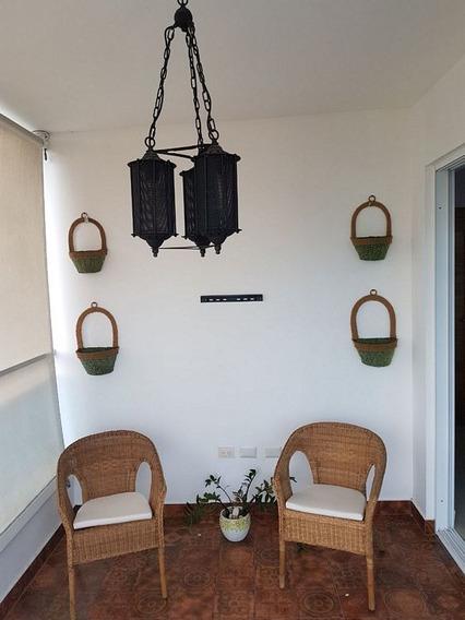 Apartamento De 2 Habs. Amueblado En La Esperilla