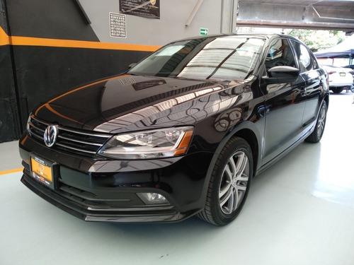 Imagen 1 de 9 de Volkswagen Jetta 2018 2.5 Trendline Mt