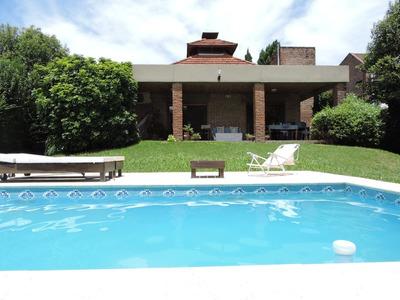 Vende Casa En Barrio Parma, Gualeguaychu.
