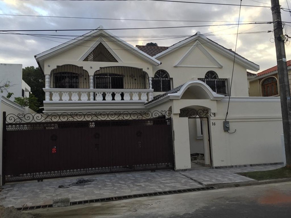 Hermosa Casa En Renta En Zona Exclusiva, Bella Vista