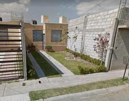 Linda Casa En Villas De Santiago
