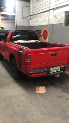 Dodge Dakota Sport - Ano 1999 R$19.000,00