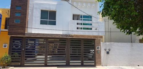 Casa En Los Pinos, San Nicolás De Los Garza