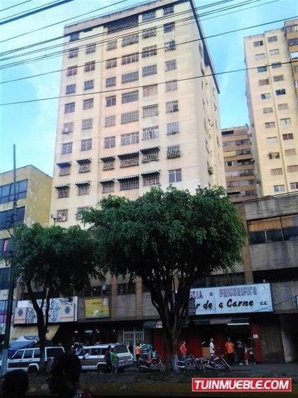 Apartamento En Venta En Guaicaipuro - Gb 18-8943