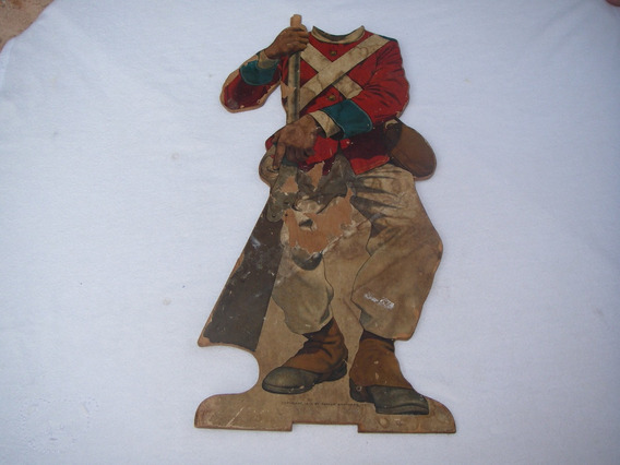 Letrero Vintage O Antiguo De Soldado De Papel Y Madera 1913