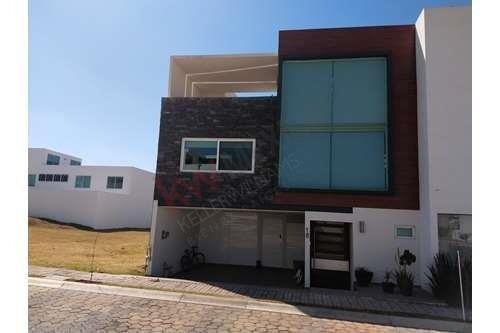 Vendo Residencia De Lujo En Lomas De Angelópolis Parque Querétaro