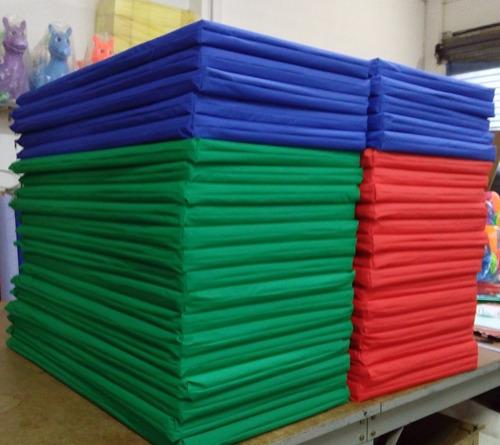 10 Colchonetas De 1mt X 50cmx 4cm Gym Pilates Fitness Oferta