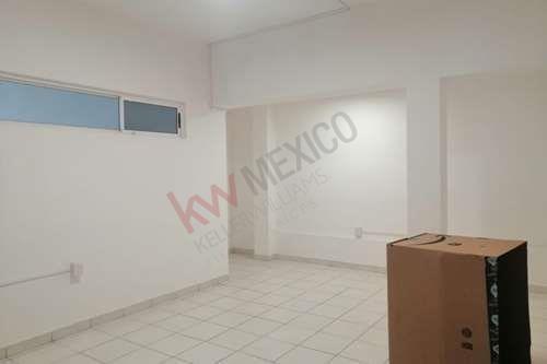 Oficinas En Renta, Av. Simón Bolívar , Mitras Centro Monterrey.