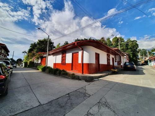Casa Urbana Alquiler 4 Alcobas En Salento, Quindío