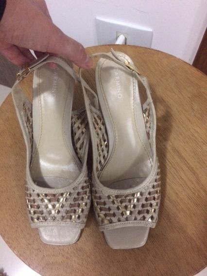 Sapato Estilo Chanel Dourado