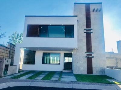 (crm-1621-1580) Gps/ Hermosa Casa Nueva En Venta En San Isidro Juriquilla, Qro