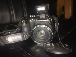 Camara Fujifilm Finepix S4500