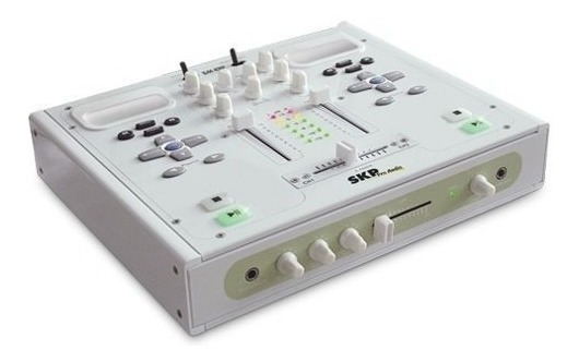 Mixer Dj 2 Canais iPod Sm-43ip Skp Pro Audio 220v