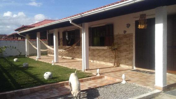 Casa Ampla Com Quintal Em Iguabinha