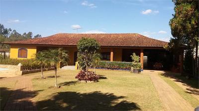 Chácara,com Casa Terreá , 03 Dormitórios, 01 Suite, 5 Vagas, Churrasqueira, Fogão De Ferro E Forno - 169-im258623