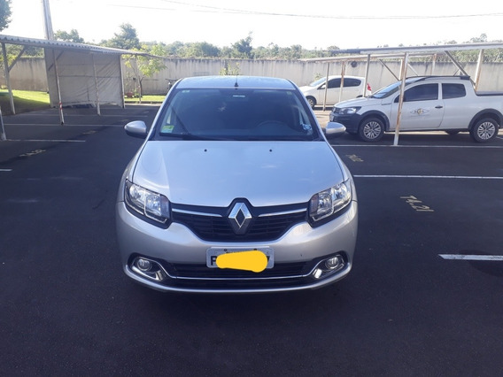Renault Logan 1.6 Dynamique Hi-power 4p 2017