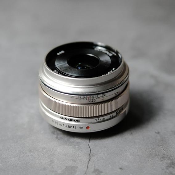 Lente Olympus M. Zuiko 17mm 1.8 M4/3 P/ Olympus E Lumix