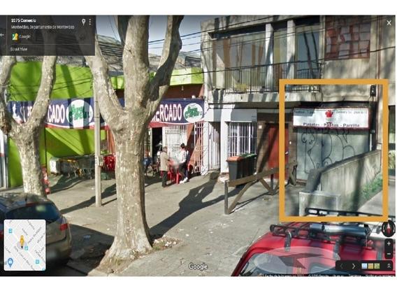 Buen Local En La Calle Comercio