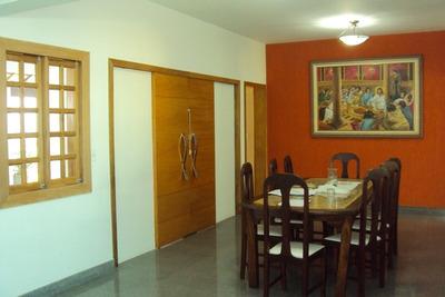 Linda Casa Toda Nova, Alto Luxo, 5 Quartos, 5 Salas Toda Casa Com Pisos Em Porcelanato E Granito, Com Habite-se, Excelente Localização. - 3331