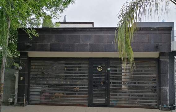 Casa En Venta En Fuentes De Santa Lucia, Apodaca