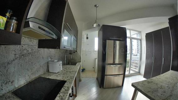 Apartamento Venta Este 20-8784 F&m