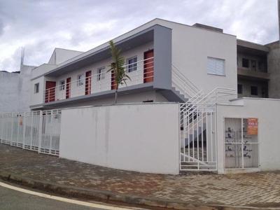 Kitnet Com 1 Dormitório Para Alugar, 40 M² Por R$ 700/mês - Kn0028