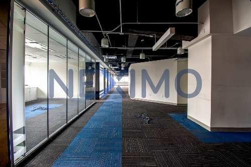 Renta De Oficina Estilo Corporativo En Edificio A