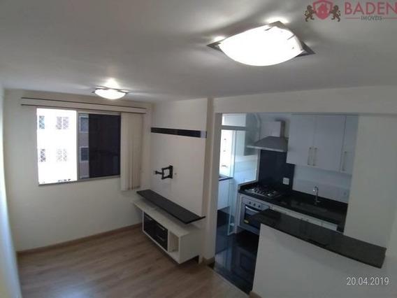 Apartamento 2 Dormitórios Sendo 1 Suite - Ap03262