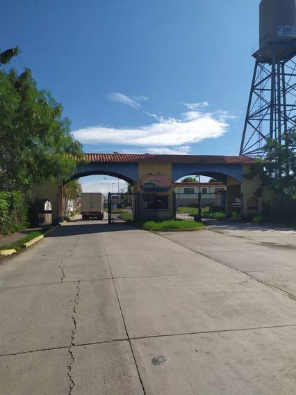 Casa En Venta/ Santa Cruz/ Sharon S. 04164336702