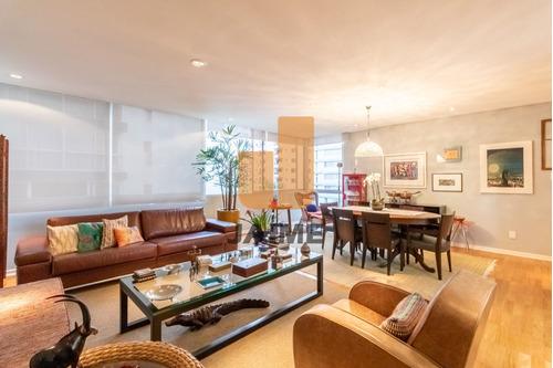 Apartamento Em Área Nobre Com 198 Metros E 2 Vagas, Excelente Localização.  - Bi5088
