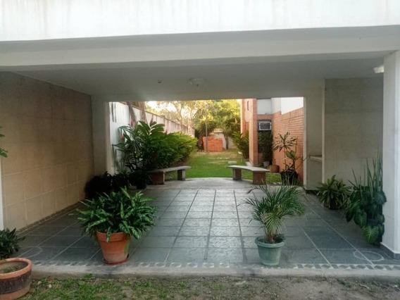 Maison Vende Apto En Base Aragua. Tlf 04243162405.