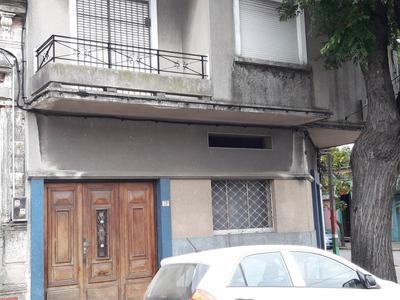 Casa Y Local