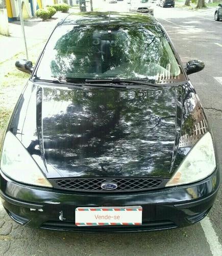 Ford Focus Sedan 2005