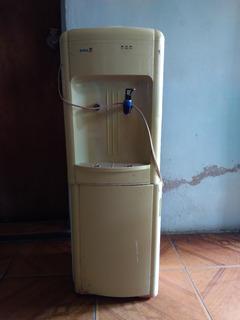 Filtroenfriador De Agua Royal Con Nevera Usado (40v)