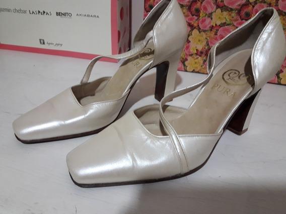 Zapatos Con Pulsera Cruzada Medio Uso Numero 36